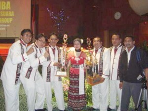 Indonesia PLN Choir / PS Cendana when won the state trophy in Jakarta on 1 September 2010